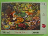 Garden Party (156)